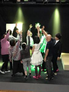 公演はプロジェクト! 本業のスキル活用する劇団「サラリーマンチュウニ」