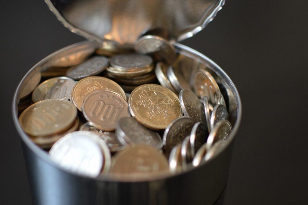 1年で18万貯まった500円玉貯金の本質は「幸せの総量を減らさない節約」