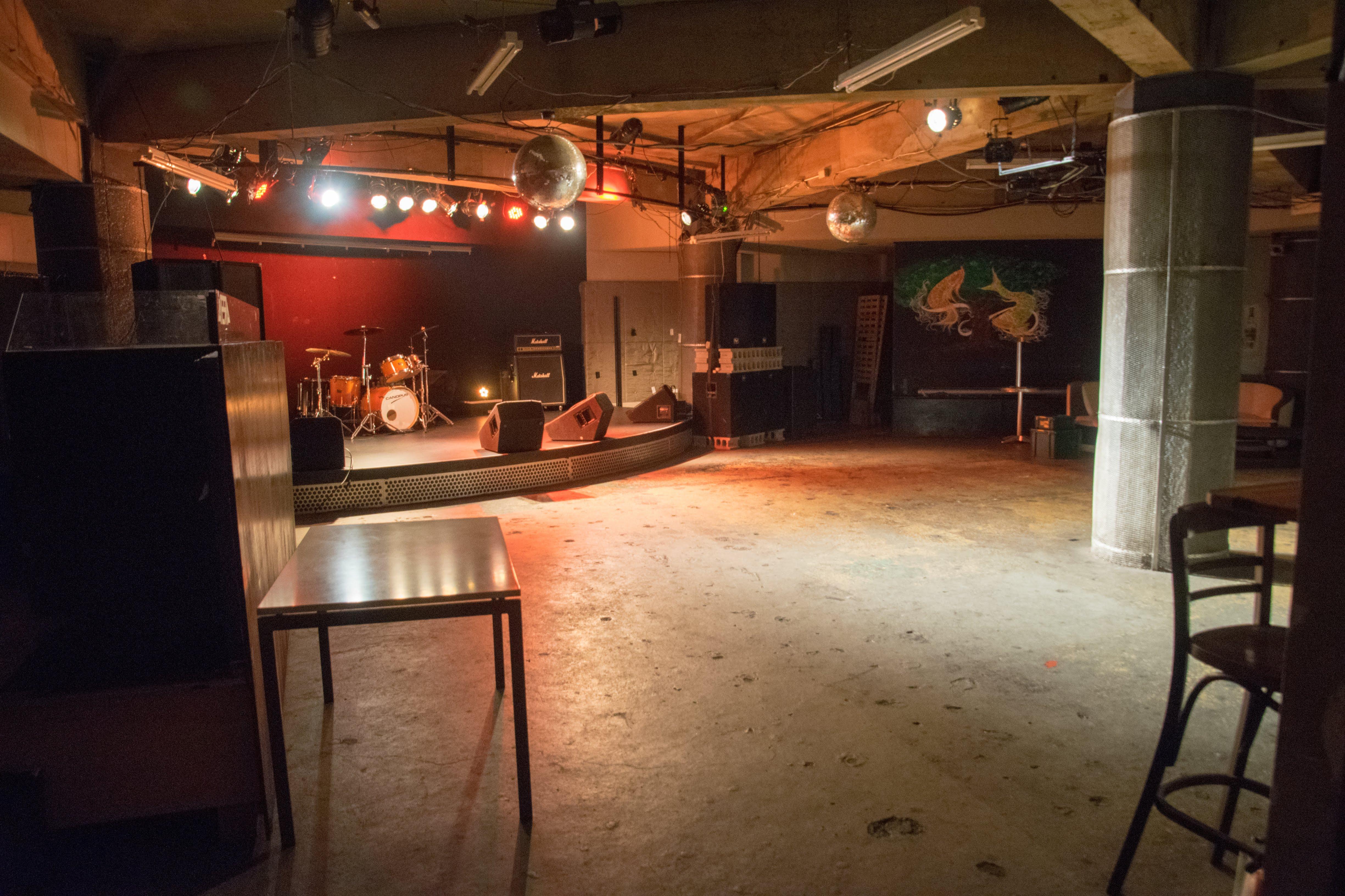 富士宮 AERA LIVE HOUSE ライブハウス